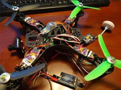 Drona praktycznie mozesz zrobić samemu